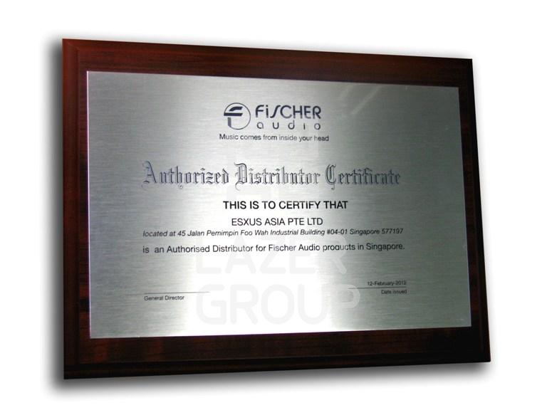 Изготовление и оформление наградных дипломов наградных плакеток в  наградная плакетка наградная плакетка наградной диплом плакетка